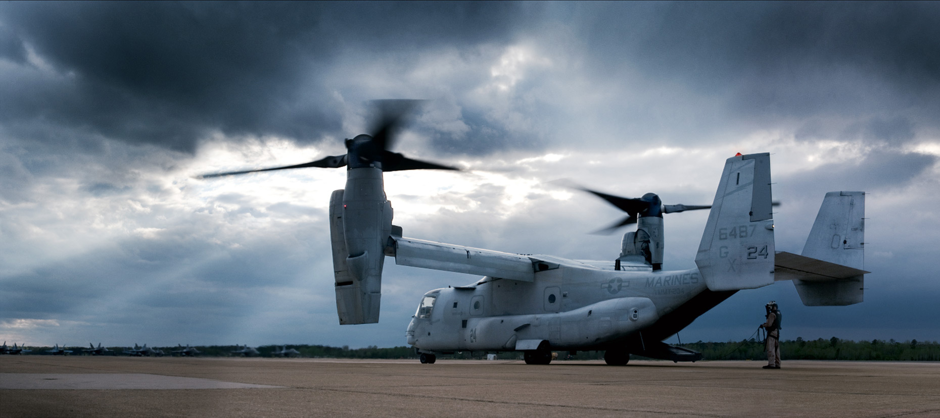 Scharetg_USMC_V-22_Osprey .  DC photographer , SF photograper  - washington dc commercial photographer,