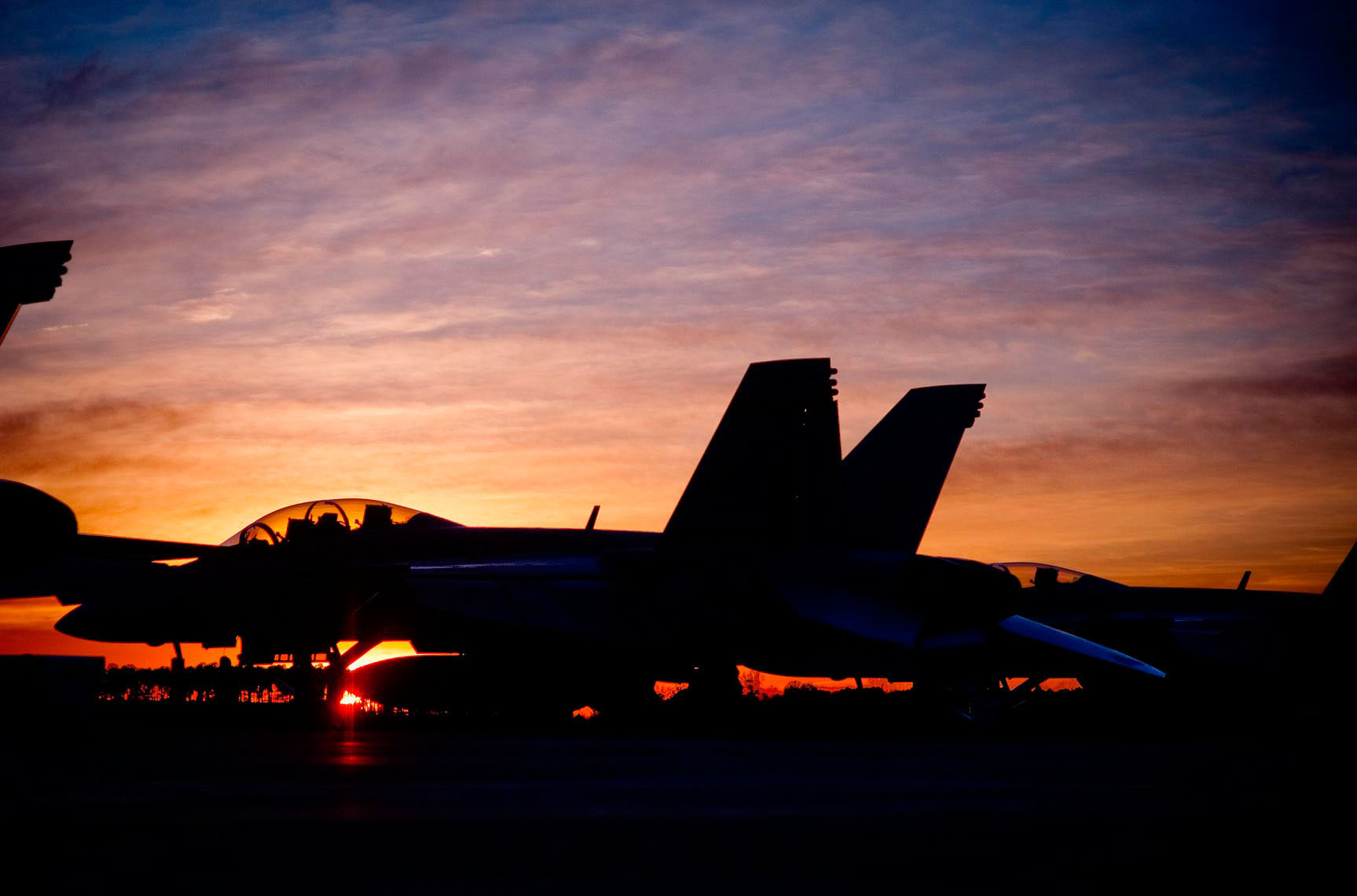US-NAVY_AC-F18_Sunset .  DC photographer , SF photograper