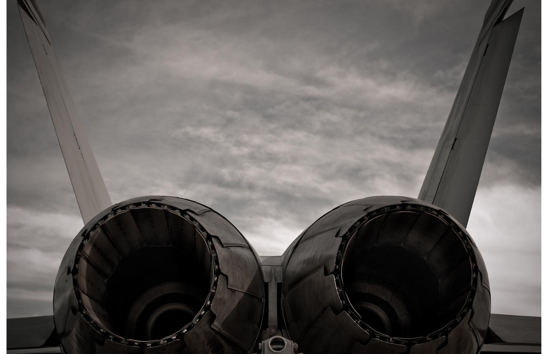 US_NAVY_F18_Hornet-Exhaust-Vents.jpg
