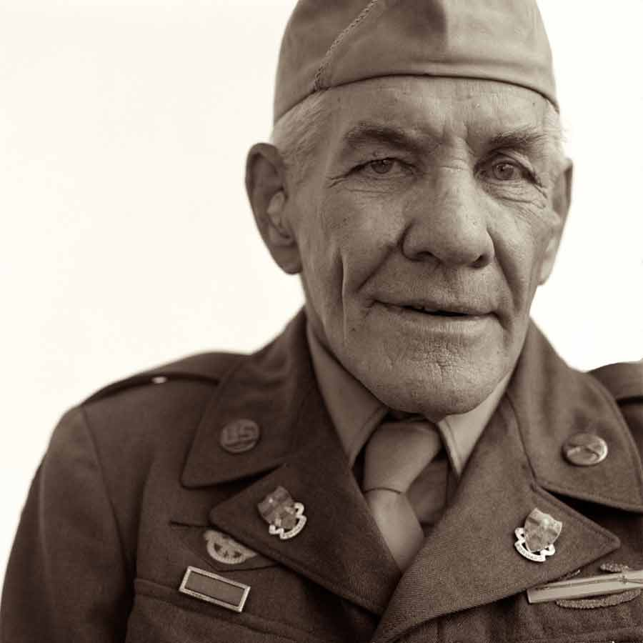 ©Robb Scharetg - WW II Veterans portrait project - US Army
